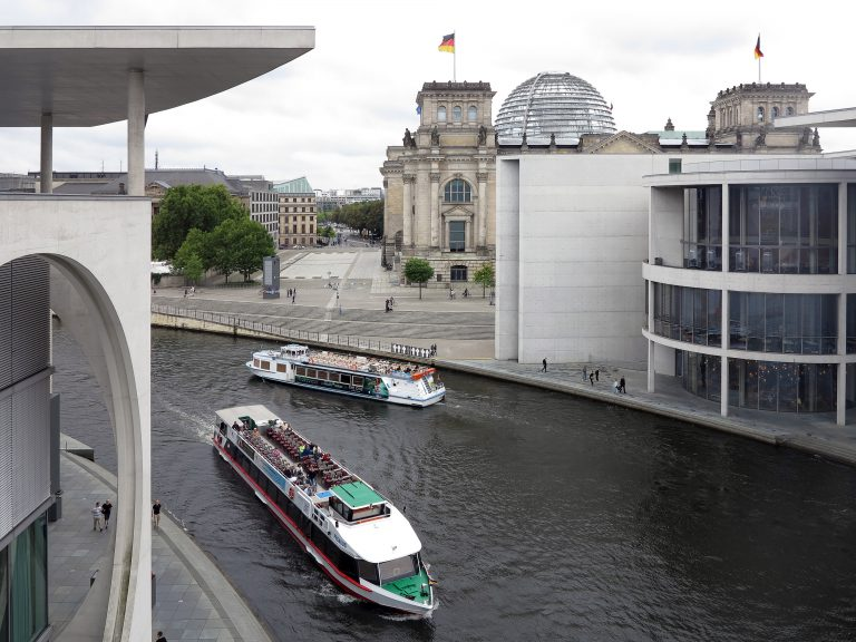.... lative in Berlin