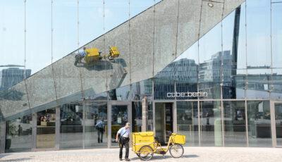 CUBE – Glasgebäude neben dem Berliner Hauptbahnhof